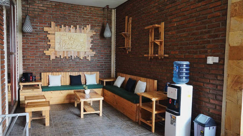 Common area on the second floor. Photo: Coconuts Bali